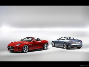 Jaguar F-type V8 S (Red) and V6 S (Silver)