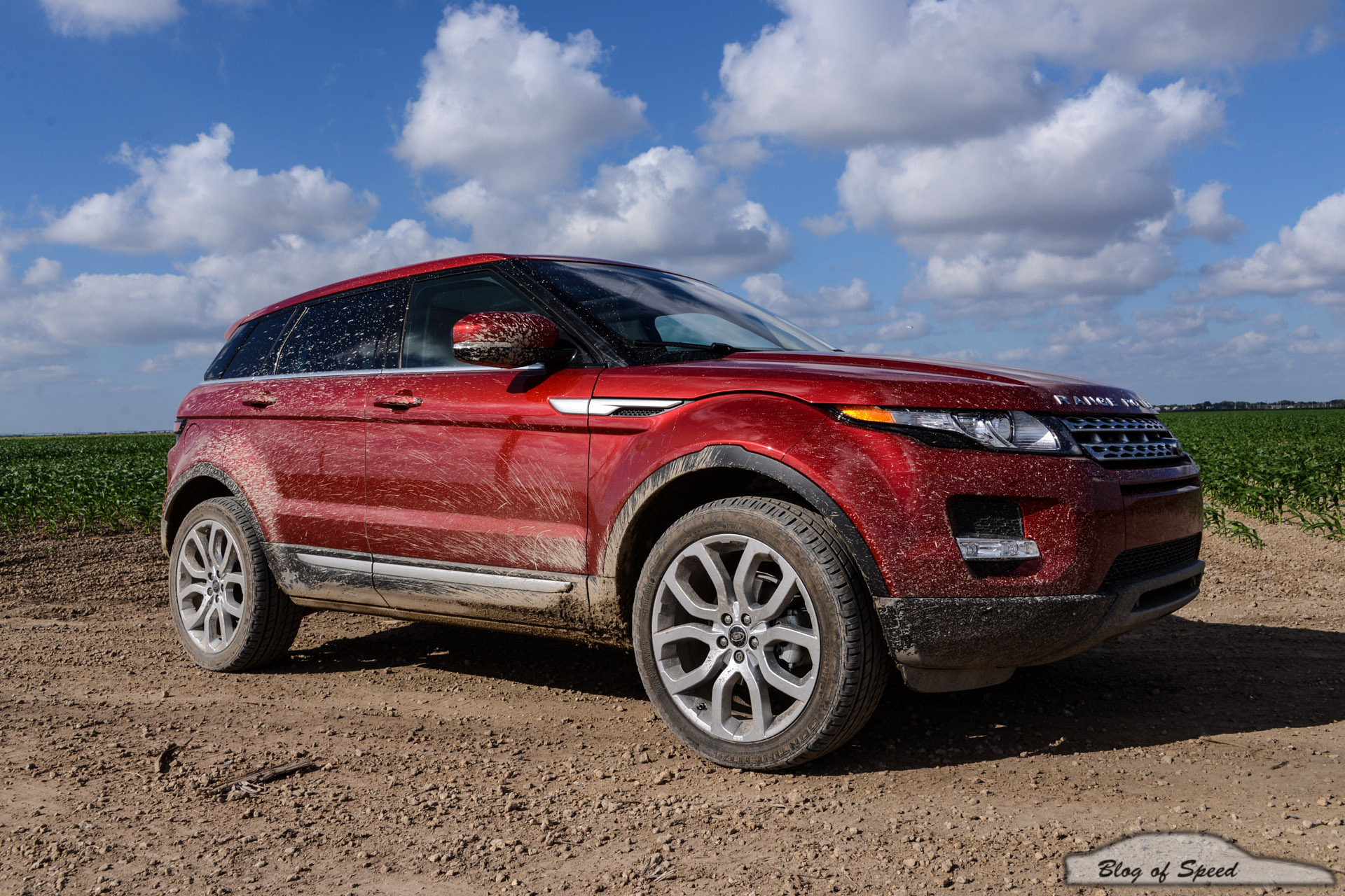 just don 39 t call it a crossover 2013 range rover evoque. Black Bedroom Furniture Sets. Home Design Ideas