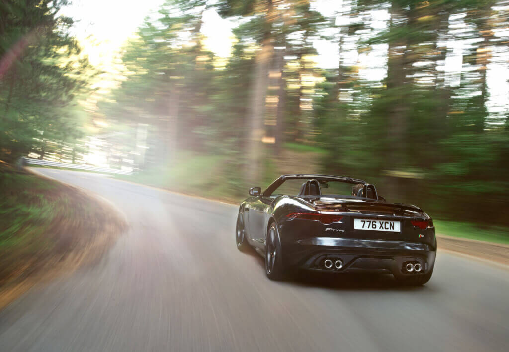 2014 Jaguar F-Type V8 S rear three quarter